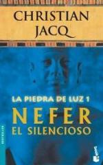 Portada del libro Nefer el Silencioso (La Piedra de Luz 1)