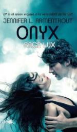 Portada del libro Onyx. Saga Lux 2